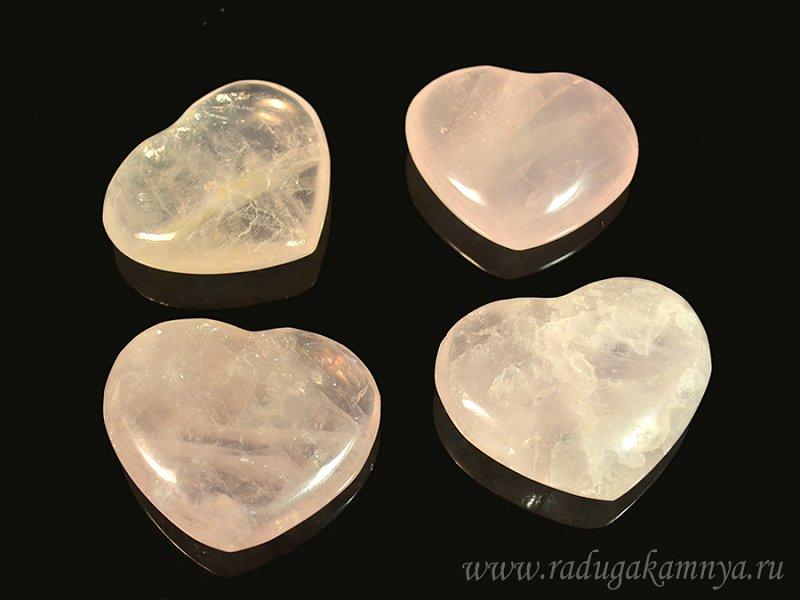 Сердце из розового кварца II сорт 35*30мм - фото 1