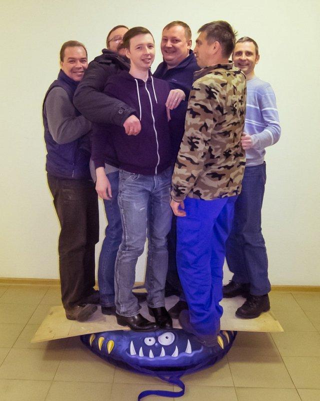 Тюбинг Митек Веселая машинка 95 см - фото 1