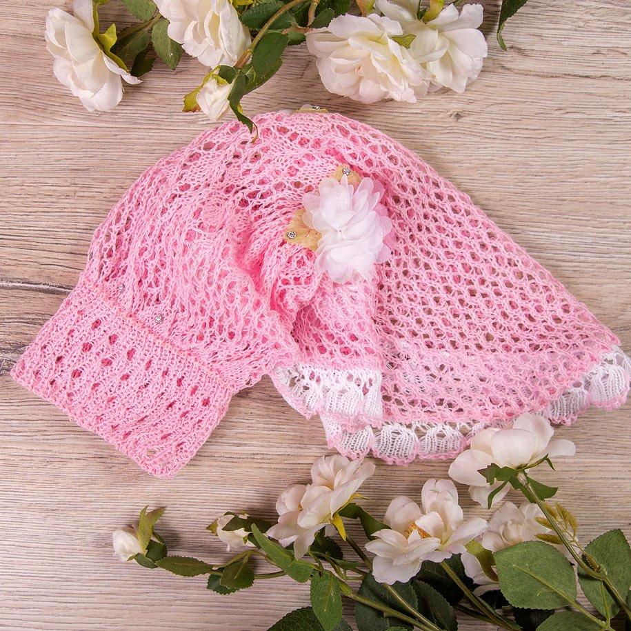Косынка вязаная, с двумя белыми цветочками и стразиками, розовая - фото 1